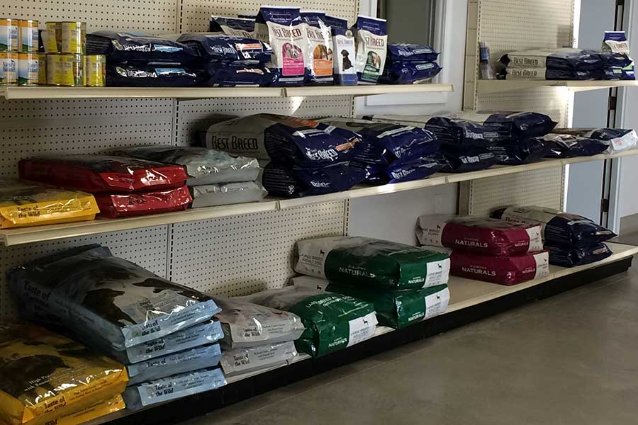 Oak Harbor Pet Haven_Food_showroom